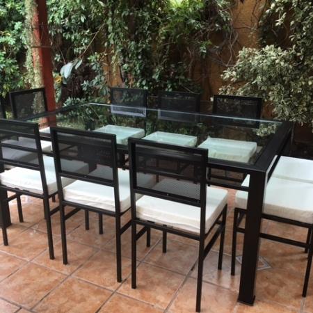 Comedor de fierro modelo la granja 12 sillas rusti home for Comedor 12 personas chile