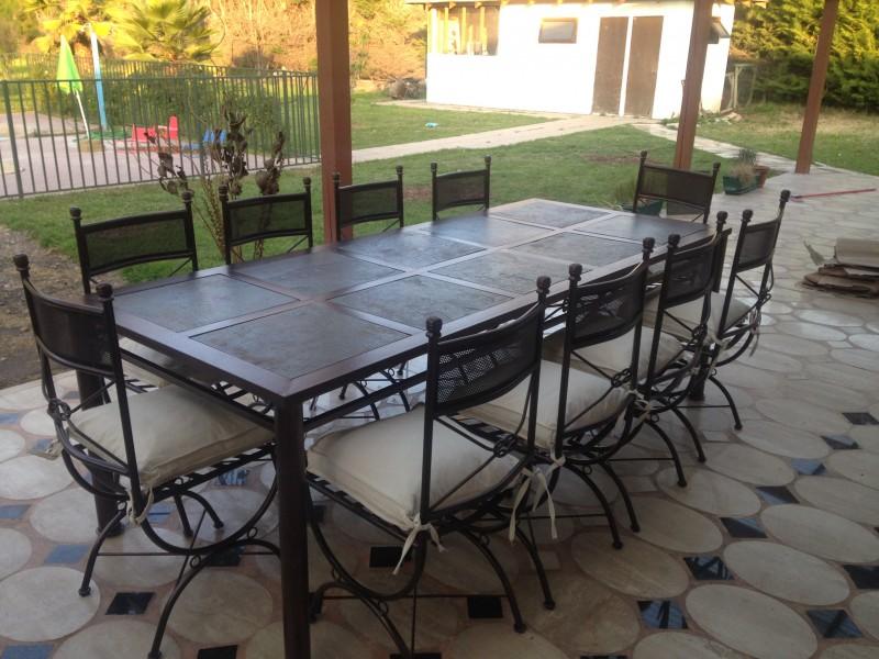 Comedor metalico 10 sillas rectangular e1444014455860 for Comedor 10 sillas
