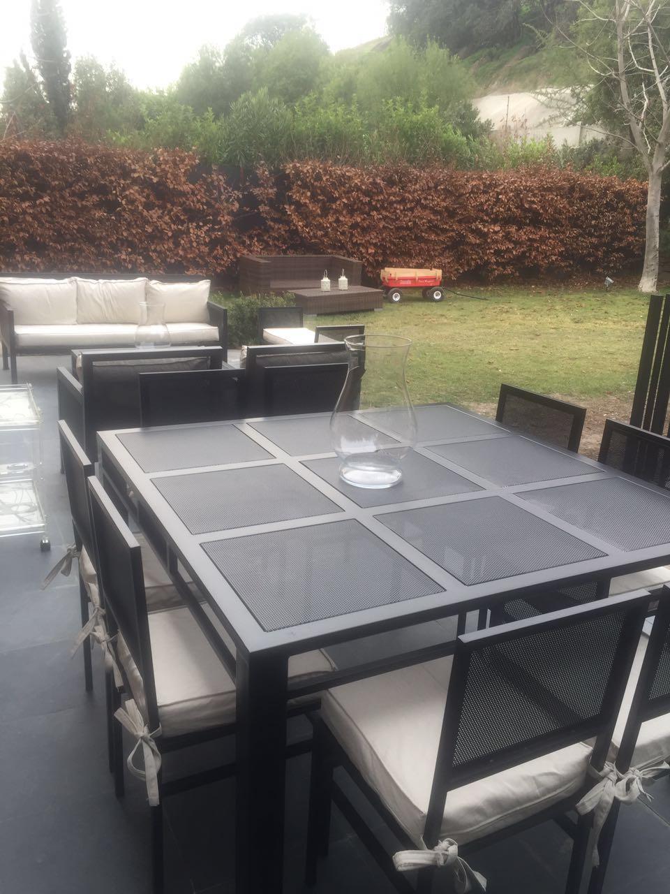 Comedor de fierro modelo rancagua 8 sillas rusti home for Comedores exteriores para terrazas