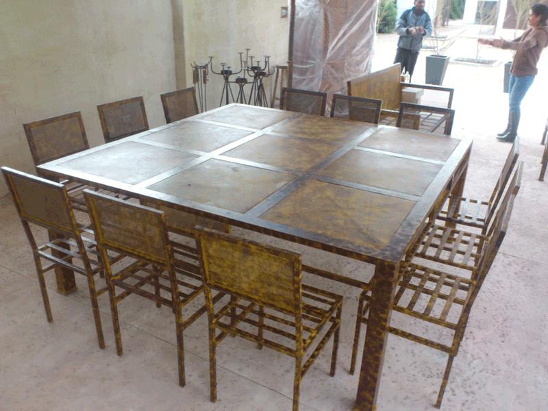 Comedor de fierro modelo lo barnechea 12 sillas rusti for Liquidacion muebles terraza