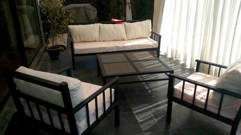 Living fierro modelo antofagasta rusti home armonia en for Liquidacion muebles terraza