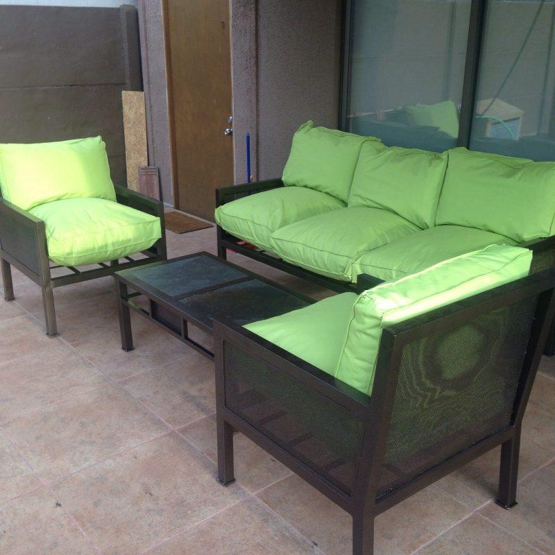 Living terraza fundas verdes rusti home armonia en tu hogar for Fundas muebles terraza