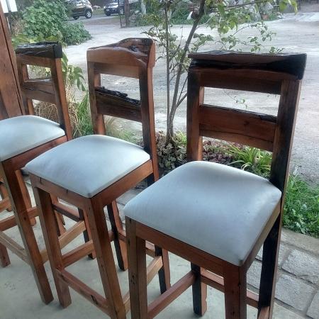 Comedor peque o para habitaci n roble 100 rusti home for Bar madera nativa