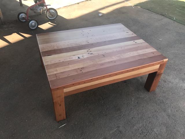 Mesa centro madera nativa roble demolici n rusti for Bar madera nativa