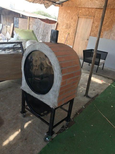 Horno le a barro enchapado con ruedas peque o rusti for Hornos piroliticos pequenos